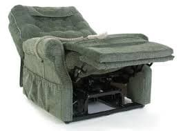 Does the Pride LC-358XL Bariatric Electric Recliner Lift Chair have a reclining footrest? 1
